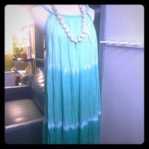Dresses & Skirts - Hawaiian midi- dress